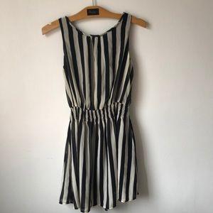 Dresses & Skirts - Beatle Juice Dress